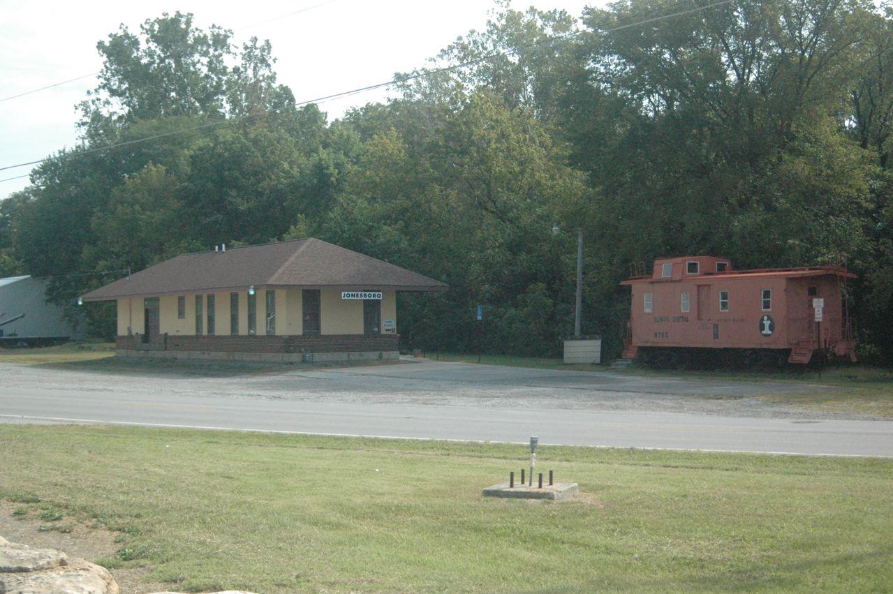 Jonesboro GM&O depot is city library<br/> Mike Condren Railroad Pages